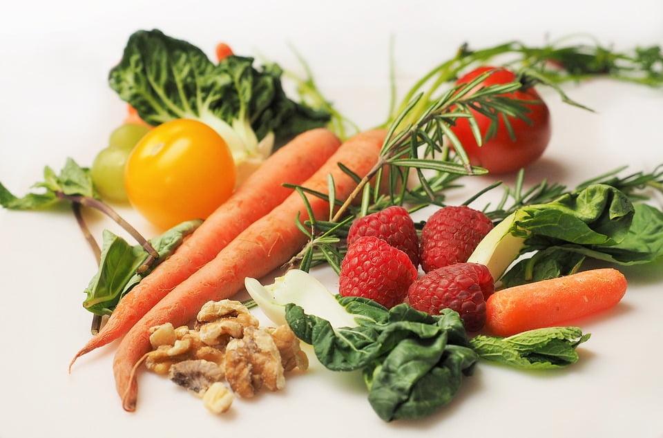 次亜塩素酸水溶液で野菜洗う